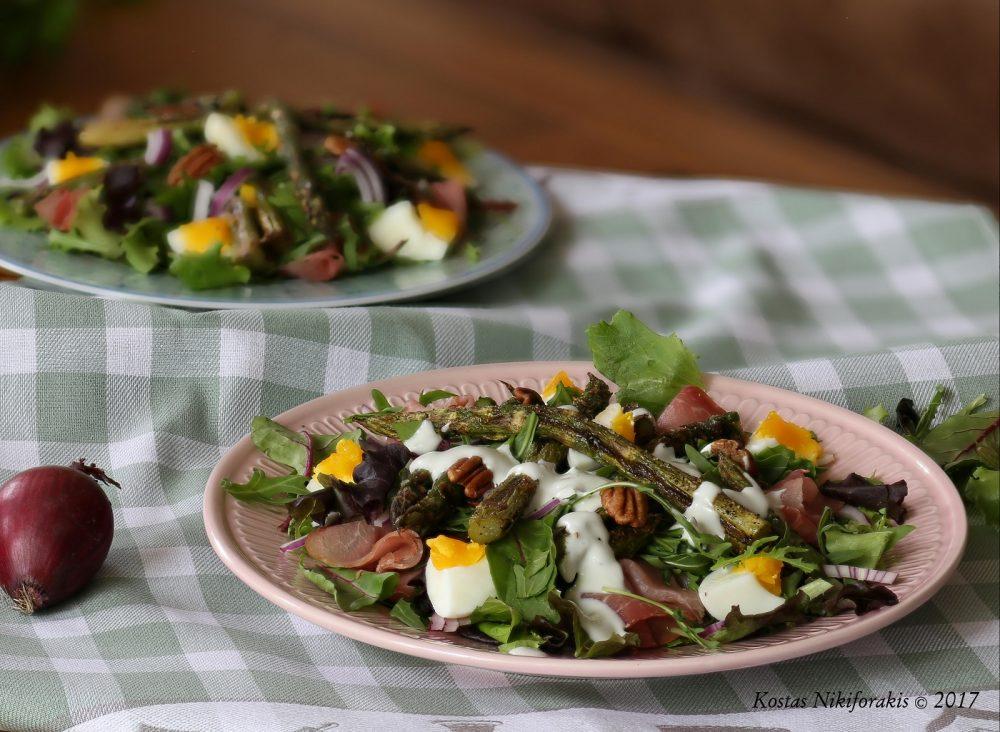 Gegrilde asperges salade