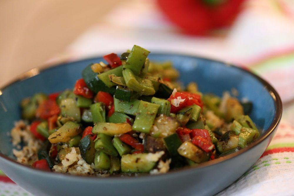 Bloemkoolrijst met gewokte groenten