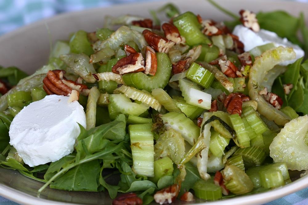venkel-bleekselderij salade