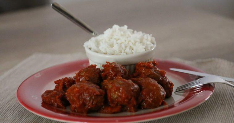 Soutzoukakia (gehaktballetjes in tomatensaus)