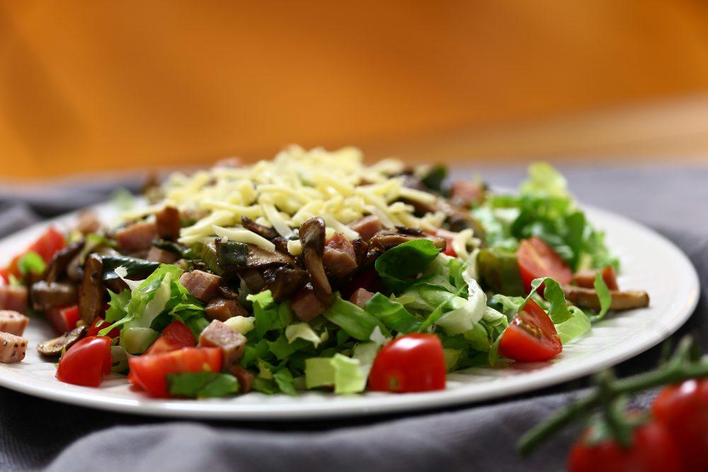 Andijvie paddenstoelen salade