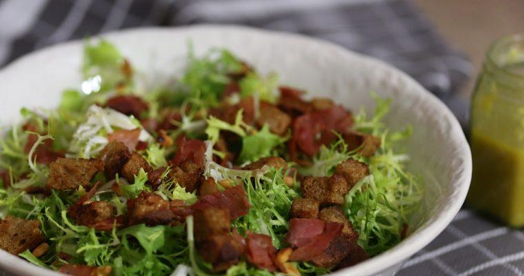 Frisee salade met croutons