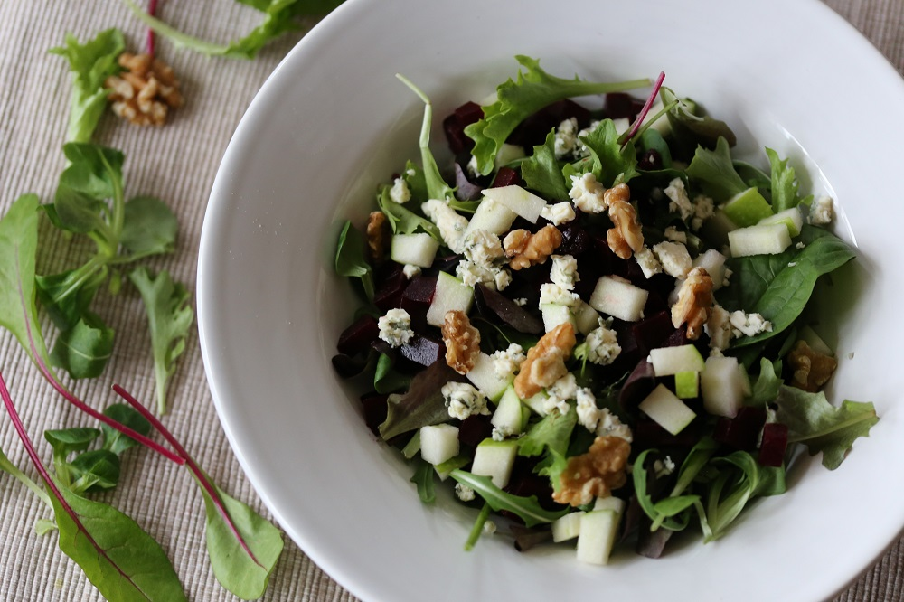Bieten-appel salade, een heerlijke maaltijdsalade