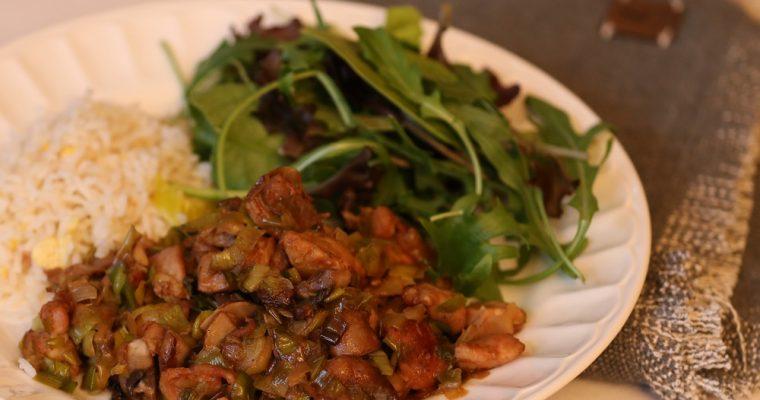 Kip wok, een snelle makkelijke maaltijd