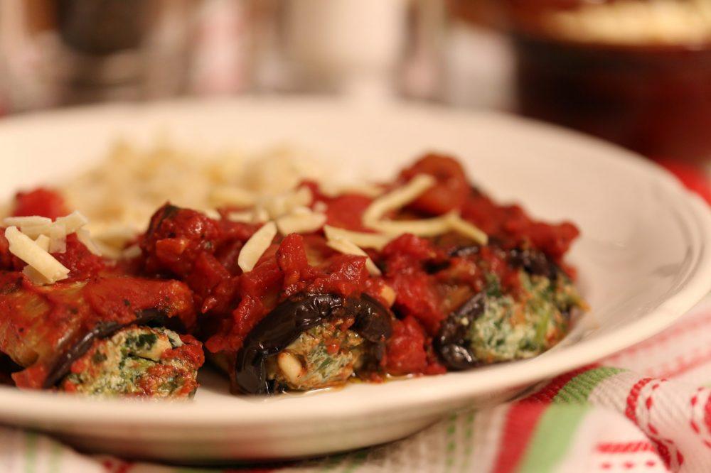 Auberginerolletjes met ricotta en spinazie