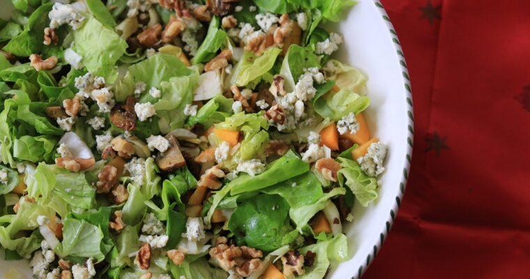 Vega salade met paddenstoelen en fruit